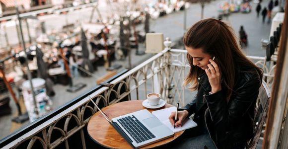 freelancer-female-web
